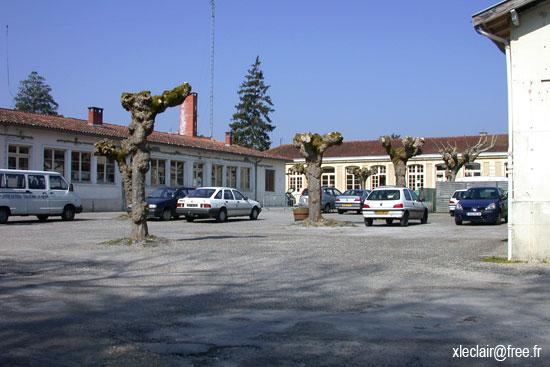 Castelnau de m doc for Garage castelnau de medoc